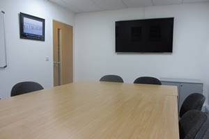 Faringdon Business Centre meeting room screen